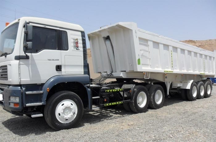 https://www.bhmk.ae/wp-content/uploads/2016/01/3XL-Tipper-Truck-BHMK-Dubai-UAE-Aggregate-Supplies.jpg